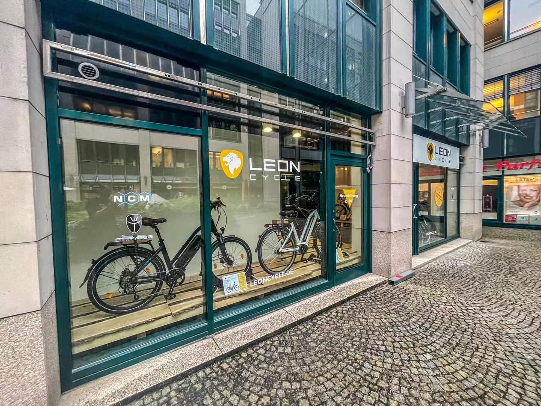 Wir feiern Neueröffnung in München